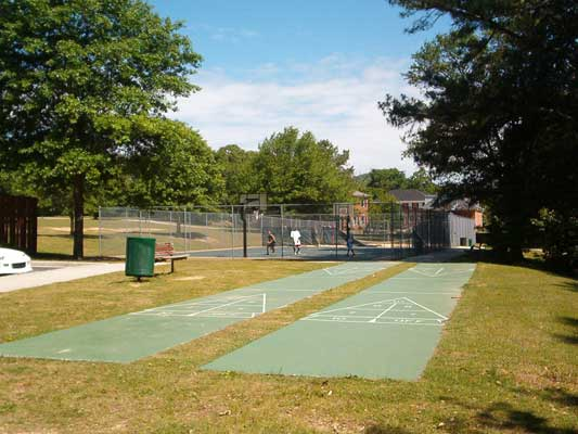 Laurel Park Basketball Courts