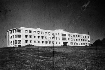A black and white photo of a building