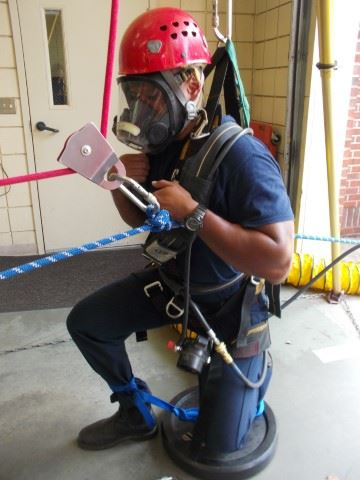 Confined Space Training with Sam